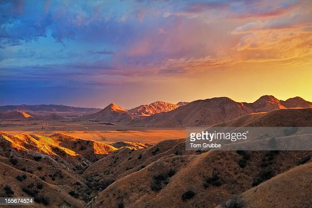sunset valley ii - tom grubbe stock pictures, royalty-free photos & images