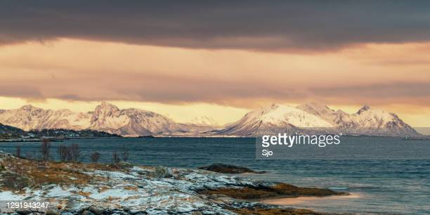 """sunset view on hadseløya island from langøya on the vesteralen in norway - """"sjoerd van der wal"""" or """"sjo"""" stock pictures, royalty-free photos & images"""