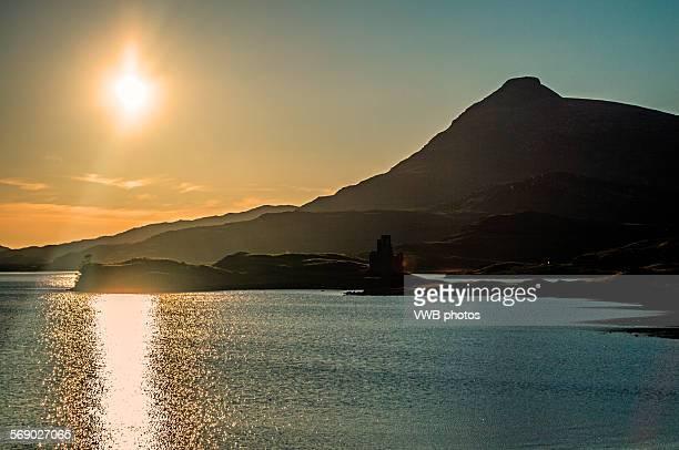 Sunset views of Ardvreck Castle, Loch Assynt