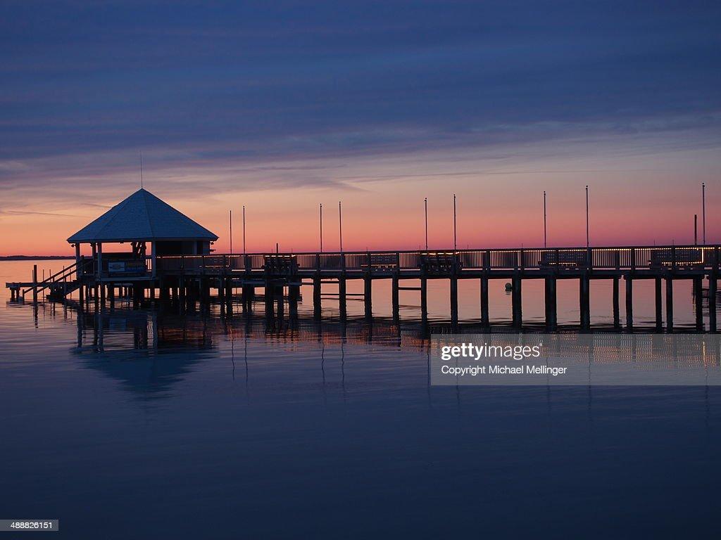 Sunsetpierduckouter Banksnorth Carolina High Res Stock Photo