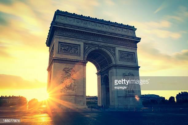 Sunsets at Arc de Triomphe, Paris, France
