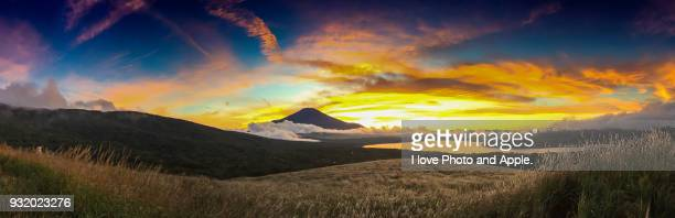 sunsets fuji panorama - four seasons stock pictures, royalty-free photos & images