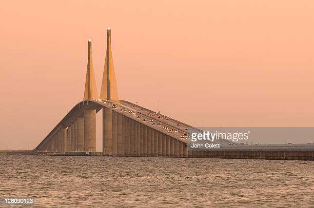 sunshine skyway bridge, saint petersburg, tampa bay, florida - sunshine skyway bridge stock photos and pictures