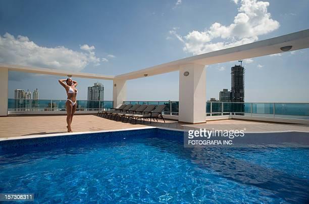 Suntanning in Panama City