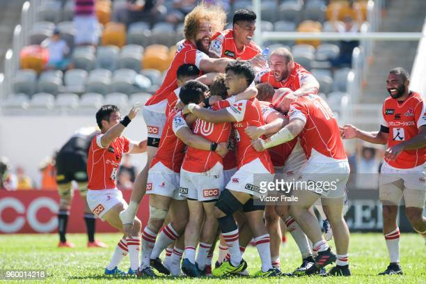 Sunwolves players celebrates Hayden Parker victory's try during the Super Rugby match between Sunwolves and Stormers at Mong Kok Stadium on May 19...