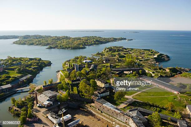 suomenlinna sea fortress in helsinki - helsinki stock pictures, royalty-free photos & images