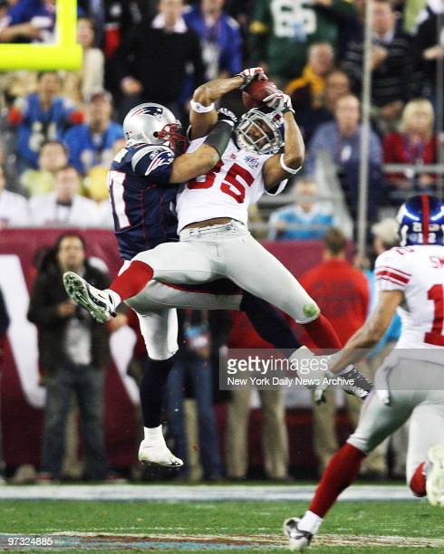 Super Bowl 42 between New York Giants and New England Patriots at University of Phoenix Stadium in Glendale AZ during fourth quarter game action here...