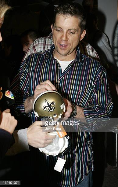 Super Bowl XLI New Orleans Saints Sean Payton is Motorola NFL Coach of the Year award