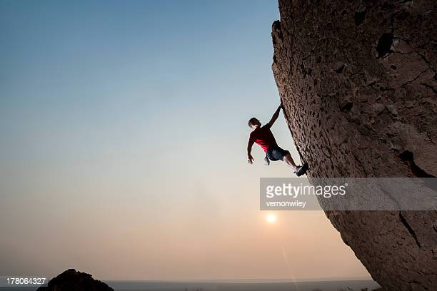 super climber - free climbing stock pictures, royalty-free photos & images