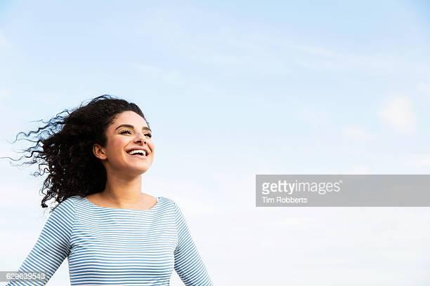 super happy woman. - estilo de vida saudável - fotografias e filmes do acervo