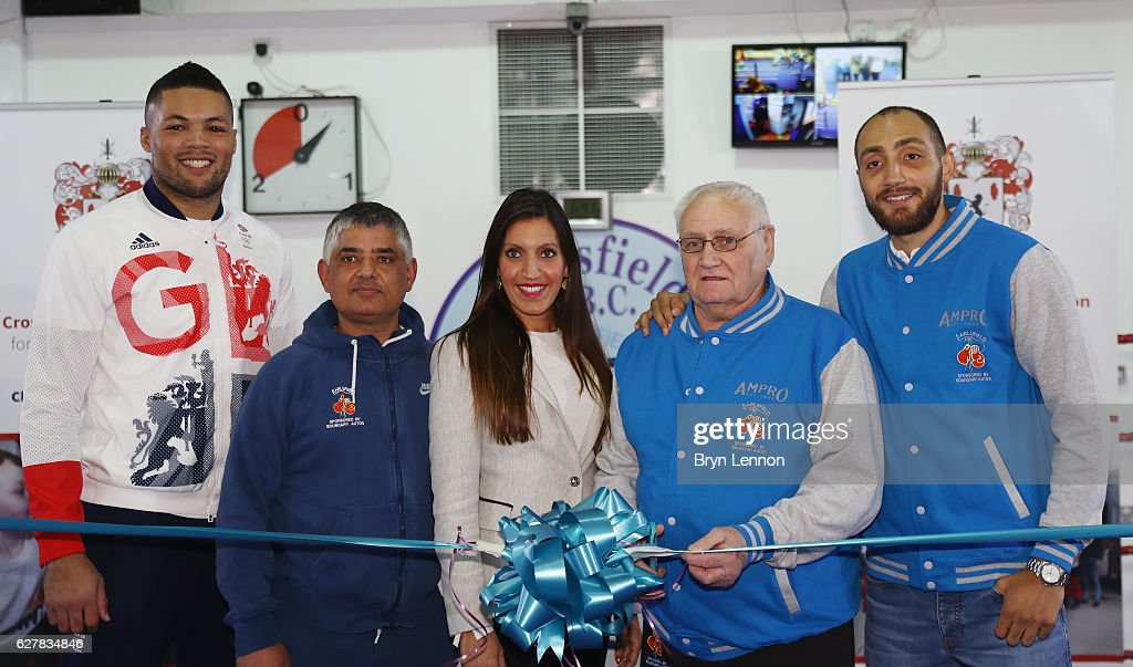 Reopening of Earlsfield Amateur Boxing Club : News Photo
