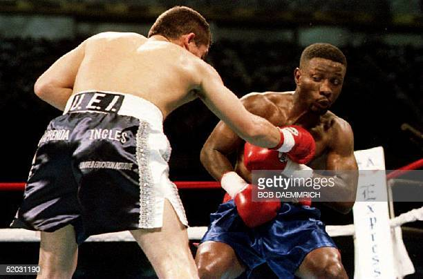 Super Lightweight champion Julio Cesar Chavez of Mexico throws a punch at WBC Welterweigfht champion Pernell Whitaker 10 September 1993 during the...
