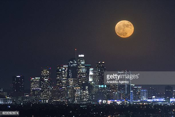 Super moon rises over Los Angeles USA on November 14 2016 The moon sets biggest closest and brightest since 1948 The last super moon was seen in 1948...