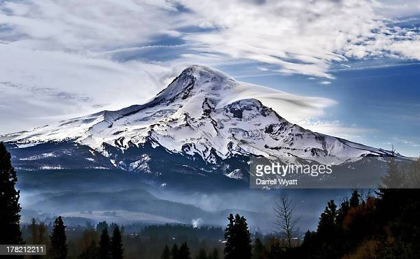 super mountain - mt hood stock pictures, royalty-free photos & images