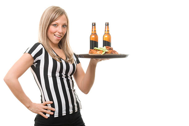 Bar des Sports serveuse ultra Sexy avec de la bière