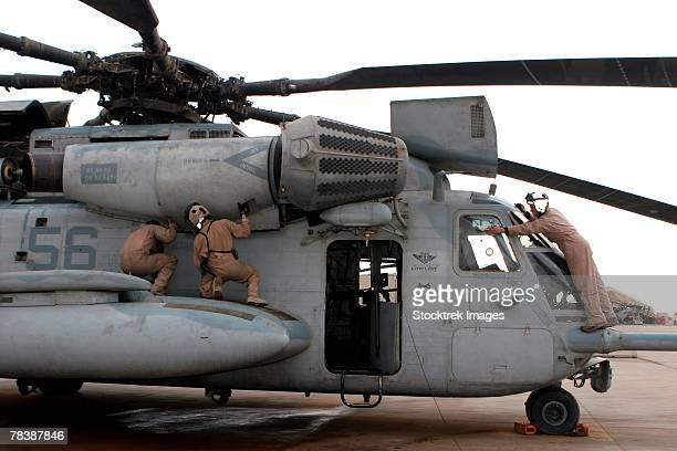 ch-53 super stallion - military helicopter stock photos and pictures