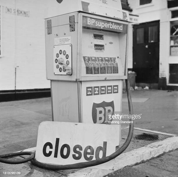 Superblend petrol pump with a closed sign on it at a garage in Denmark Hill, London, during the 1973 oil crisis, UK, 29th November 1973.
