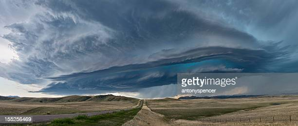 supercell thunderstorm - great plains stock pictures, royalty-free photos & images