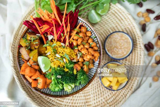 superfood bowl with vegetables - 蒸し ストックフォトと画像