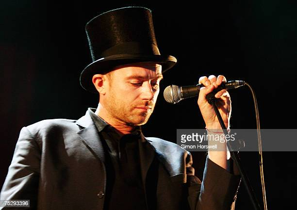 Supergroup formed by Blur's Damon Albarn with The Clash's Paul Simonon, The Verve's Simon Tong and drummer Tony Allen plays historic landmark...