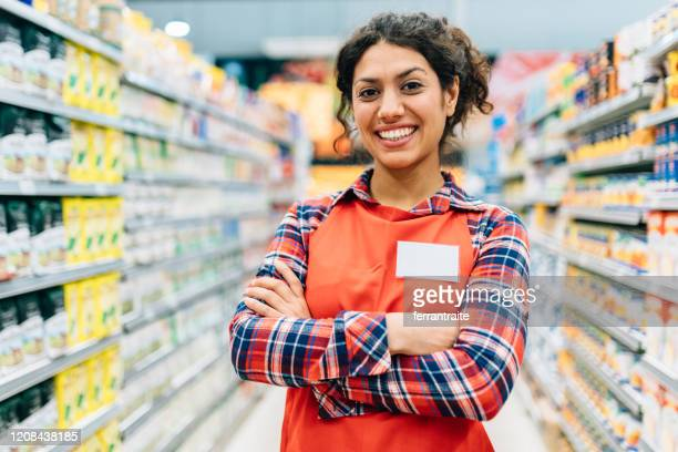 supermarket stocker portrait - assistant stock pictures, royalty-free photos & images