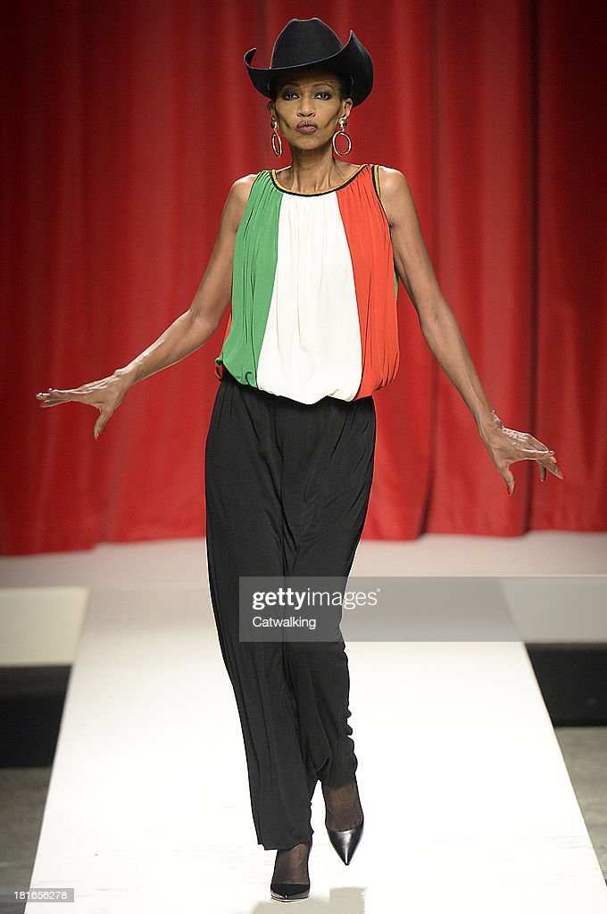 Supermodel Amalia walks the runway at the Moschino Spring Spring Summer 2014 fashion show during Milan Fashion Week on September 21, 2013 in Milan, Italy.