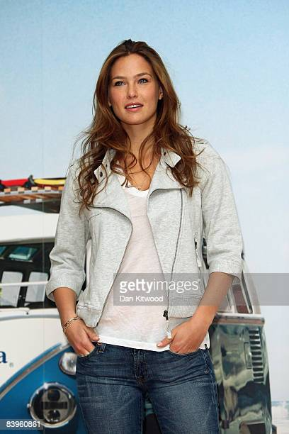 Supermodel Bar Refaeli launches the Corona Save the Beach preservation campaign at Andaz Hotel on December 9 2008 in London England The project aims...