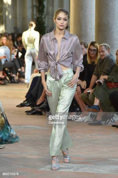 Supermodel Gigi Hadid walks the runway at the Alberta Ferretti Spring Summer 2018 fashion show during Milan Fashion Week on September 20 2017 in...