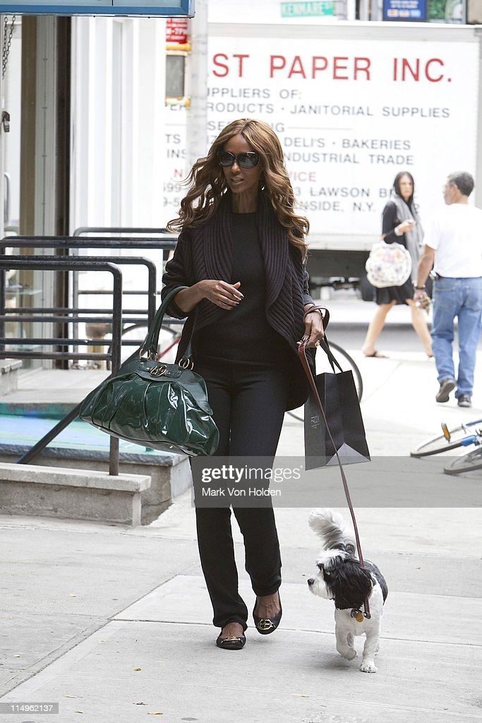 Supermodel Iman leaving new york clothing boutique FROCK sporting
