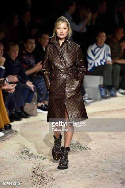 Supermodel Kate Moss walks the runway at the Louis Vuitton Autumn Winter 2018 fashion show during Paris Menswear Fashion Week on January 18 2018 in...