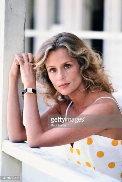 Supermodel Lauren Hutton at a press conference announcing the release of Starflight The Plane That Couldn't Land a TV movie March 20 1983 press...
