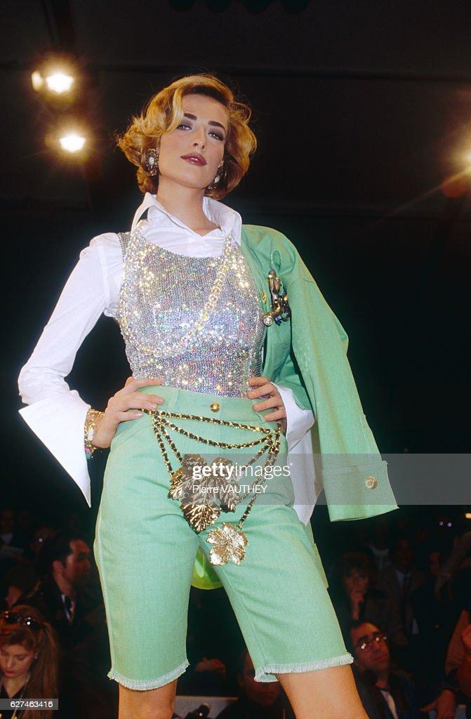 Tatjana Patitz at Chanel Spring-Summer 1992 Fashion Show : Nachrichtenfoto