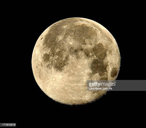supermoon - luna llena fotografías e imágenes de stock