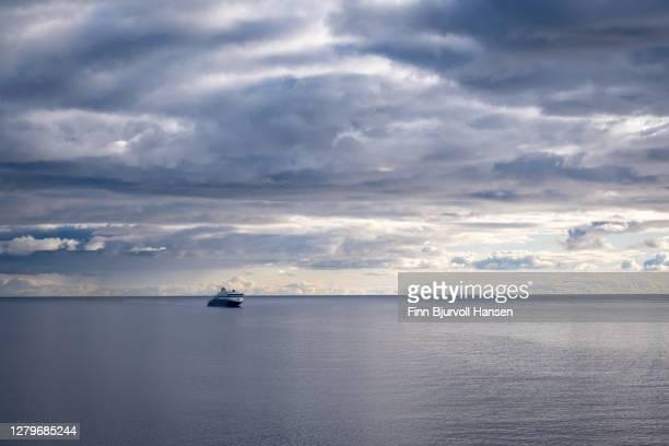 superspeed ferry trafic between larvik norway and hirtshals denmark - finn bjurvoll stock-fotos und bilder