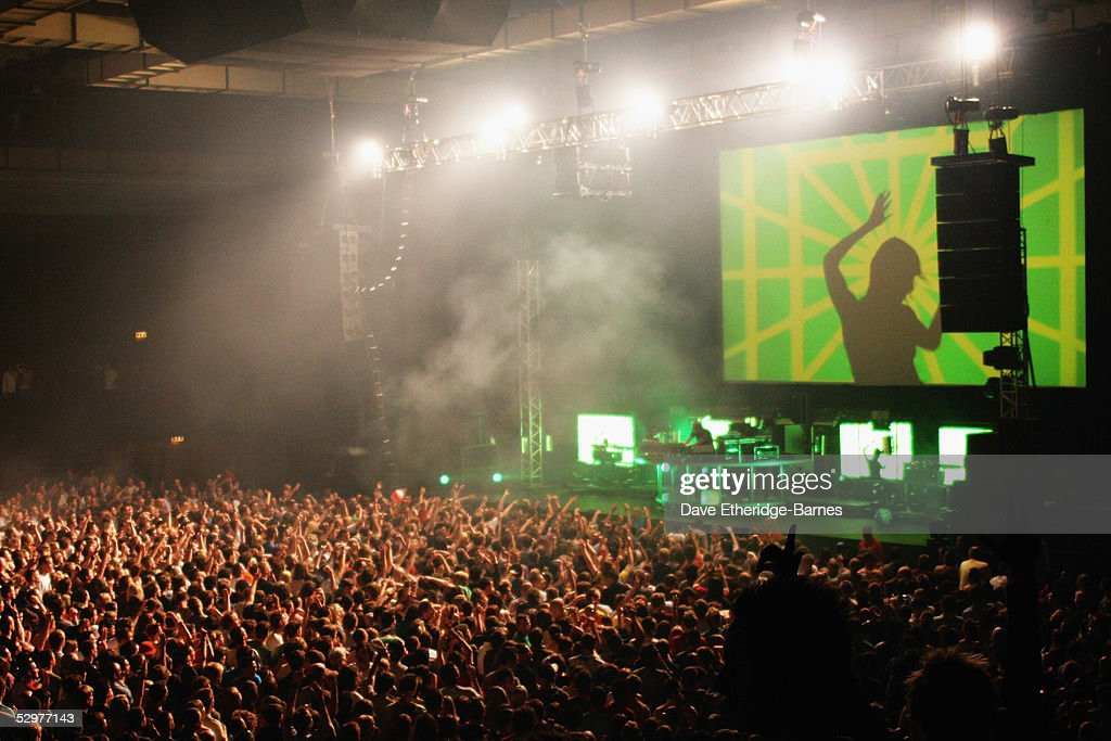 Chemical Brothers Play The Brighton Cemtre : News Photo