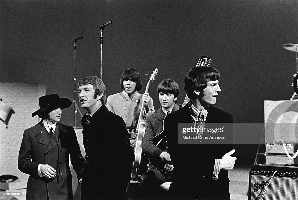 Superstar group 'Buffalo Springfield' perform on a TV show in 1967. (L-R) Stephen Stills, Dewey Martin, Neil Young, Richie Furay, Jim Fielder.