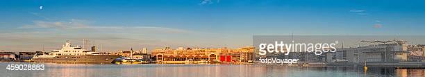 superyacht sunrise del puerto de america's cup, panorama valenica españa - alicante fotografías e imágenes de stock