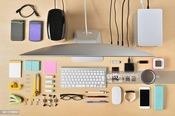 supplies designer desktop shot knolling style - clip stock pictures, royalty-free photos & images