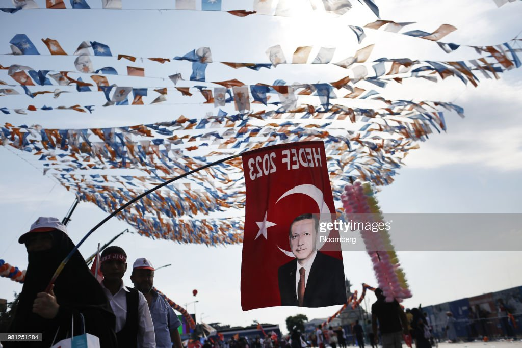 Erdogan Rallies As Young Voters Chafe Ahead Of Sunday's Election : News Photo