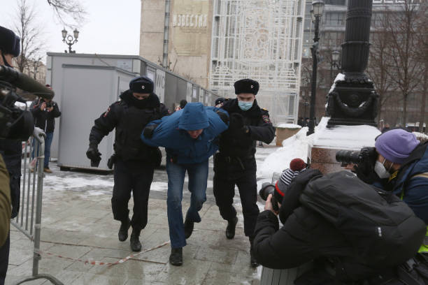 RUS: Kremlin Critic Alexey Navalny Supporters Take to Streets