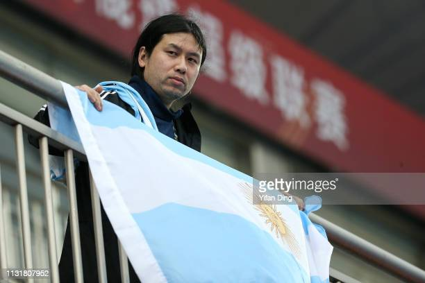 A supporter of Argentina watches prior to the Women's FIH Field Hockey Pro League match between China and Argentina at on March 21 2019 in Changzhou...