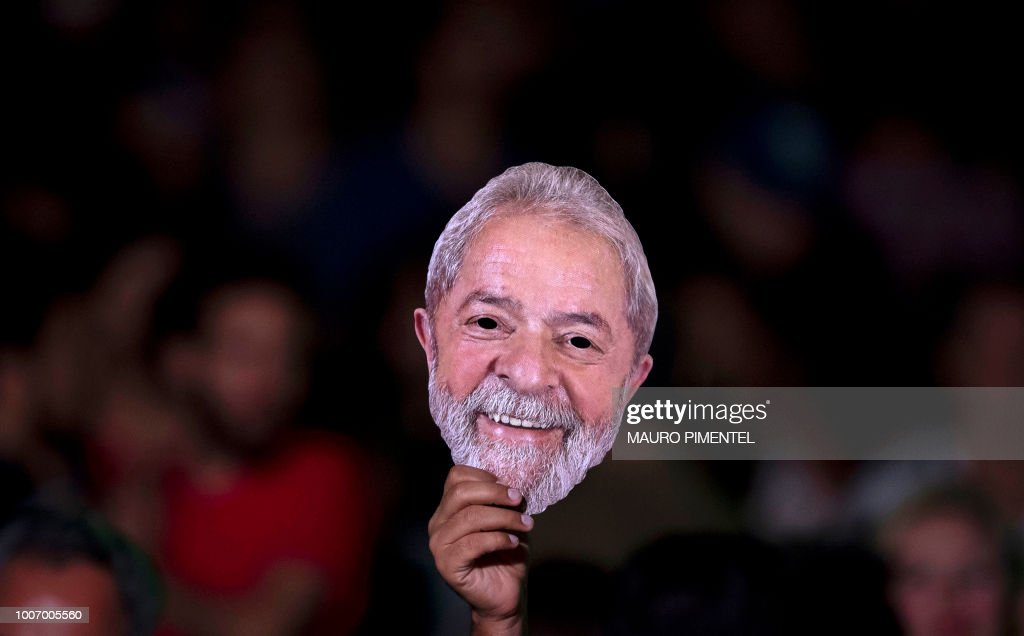 BRAZIL-ELECTION-MUSIC-LULA : News Photo