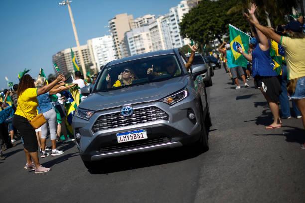 BRA: Bolsonaro Supporters and Rio de Janeiro Governor Wilson Witzel Protesters Clash Amidst the Coronavirus (COVID - 19) Pandemic