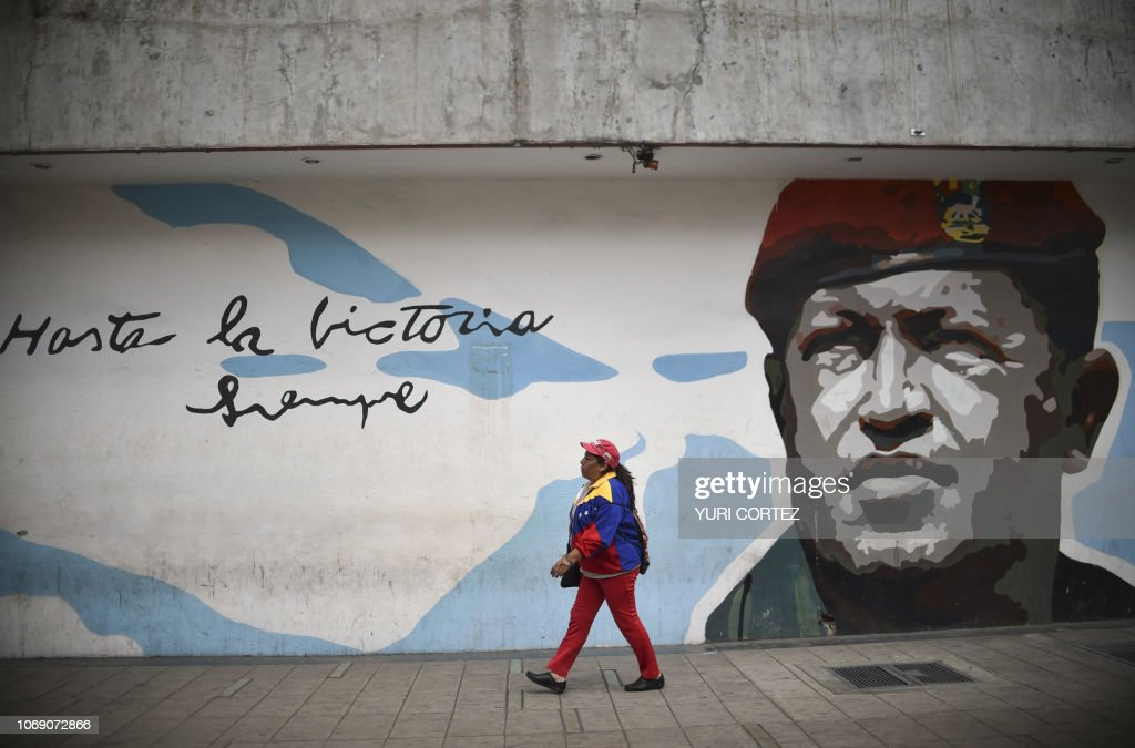 TOPSHOT-VENEZUELA-PSUV-ANNIVERSARY-CHAVEZ : News Photo