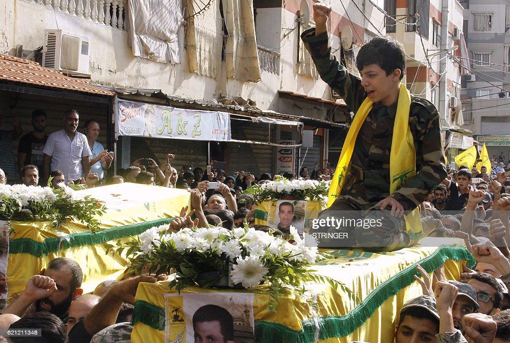 LEBANON-SYRIA-CONFLICT-HEZBOLLAH-FUNERAL : News Photo