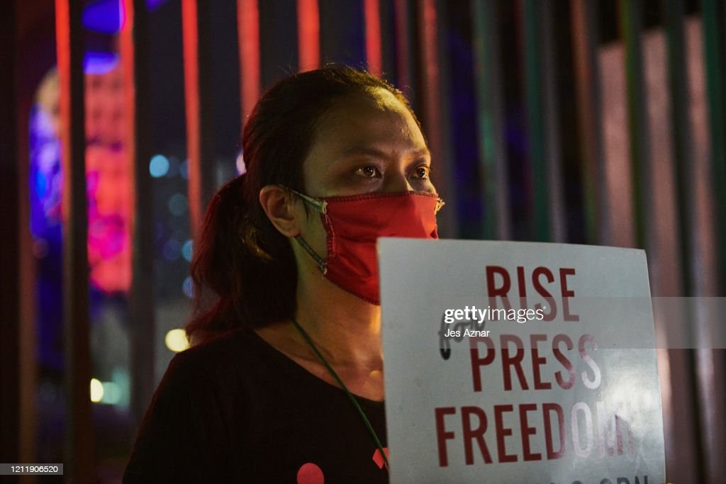President Duterte Moves To Shut The Philippines' Leading Television Network : News Photo