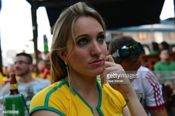 Supporters du Bresil dans un Bar de Ribeirao Preto pour un match de Coupe du Monde - Casimiro - - Bresil / Cameroun - Coupe du Monde 2014 , Photo :...