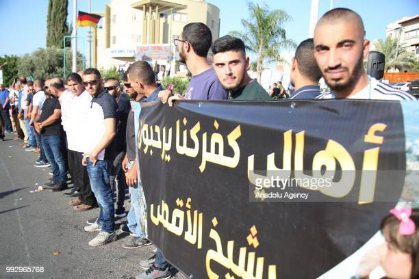 Supporters gather as Palestinian resistance icon Raed Salah is being released from jail after Israeli court ordered the conditional release of him in...