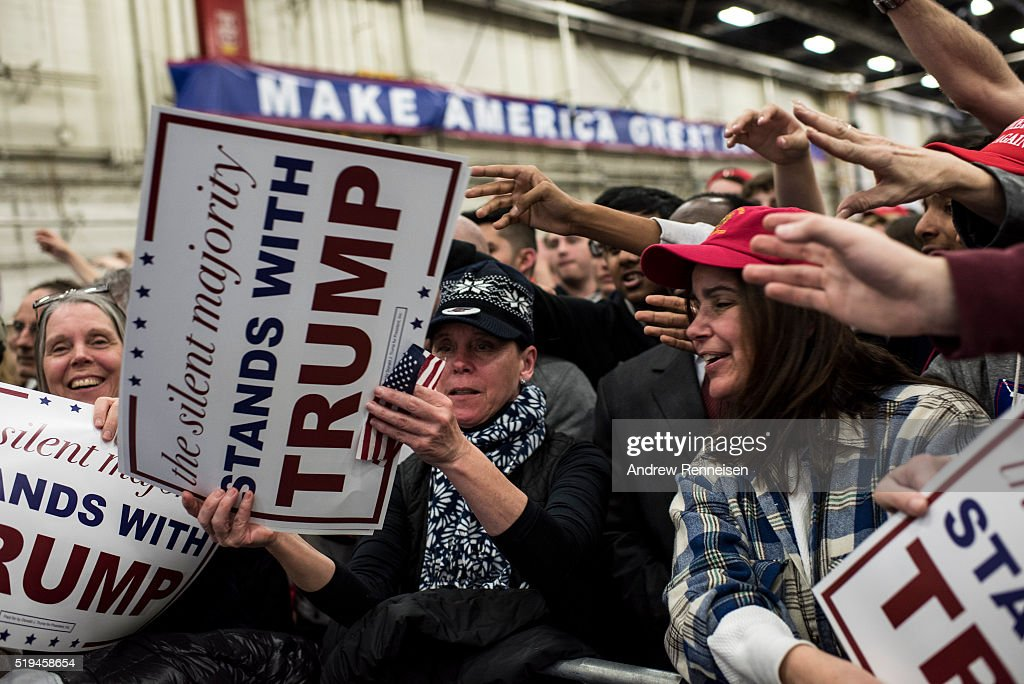 Donald Trump Holds Rally In Bethpage, New York : News Photo