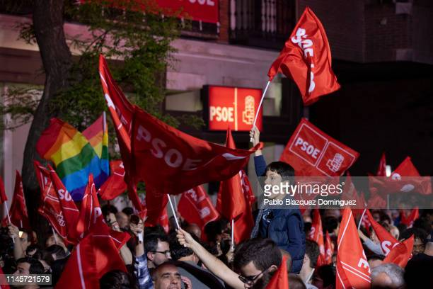 Supporters gather outside of the PSOE headquarters on April 28 2019 in Madrid Spain Spaniards go to the polls to elect 350 members of the parliament...
